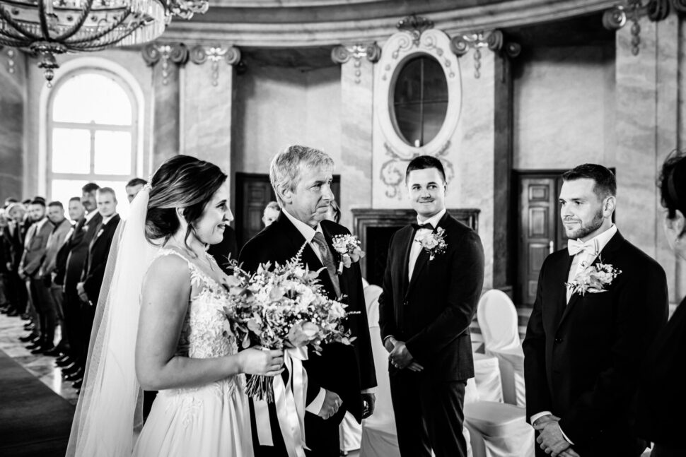 Svatební fotografka Chlumec nad Cidlinou - zámek Zlatá koruna